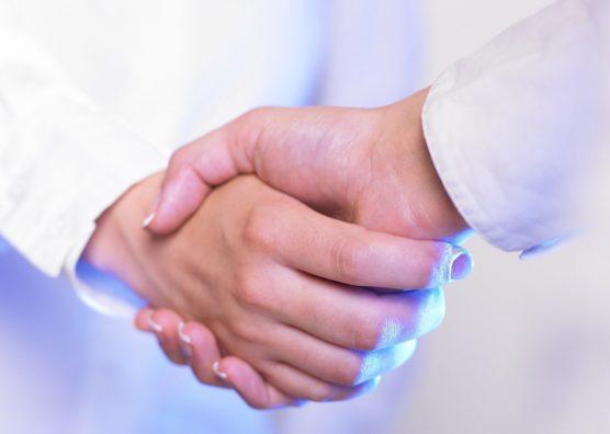 情報収集の効率化は顧客と直接会うのが一番
